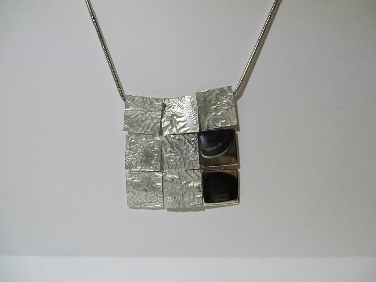 joia d'autor | penjoll de plata | disseny de personalitzat | model RETICULAT